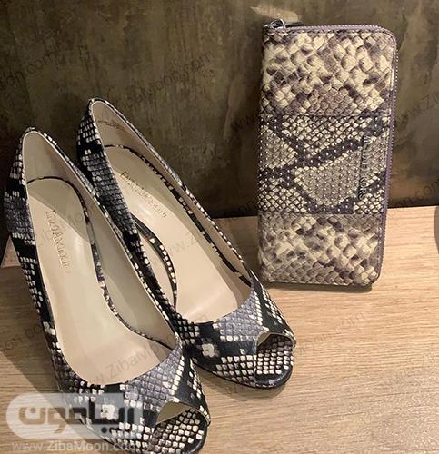 کفش زنانه با طرح پلنگی از برندENZO ANGIOLINI و کیف پول از برندMICHEAL KORS