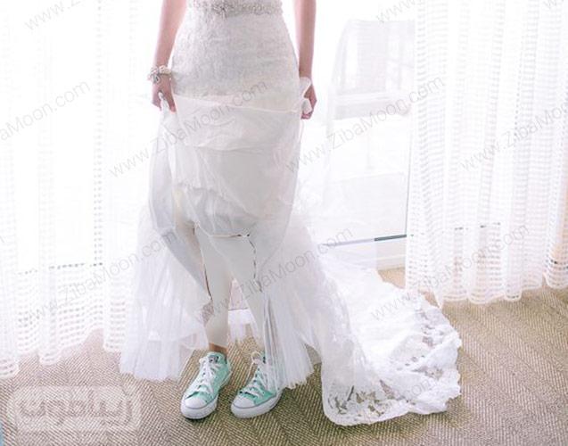 استایل عروس با کتانی سبز روشن