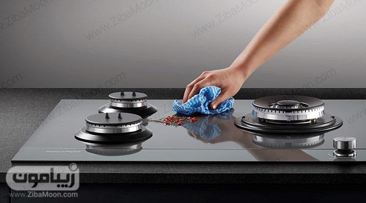تمیز کردن صفحه شیشه ای گاز
