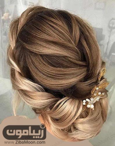 شینیون روی موهای بلوند