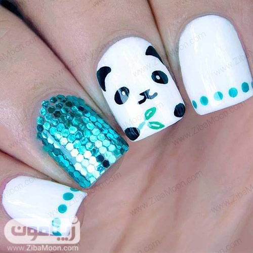 مدل دیزاین ناخن با لاک سفید و آبی و طرح پاندا