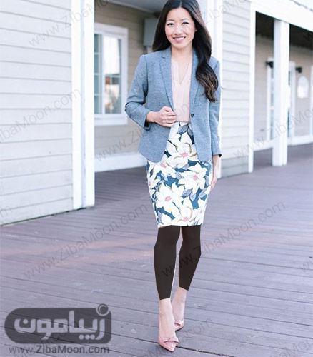 مدل لباس دخترانه با کت خاکستری و دامن کوتاه کلدار