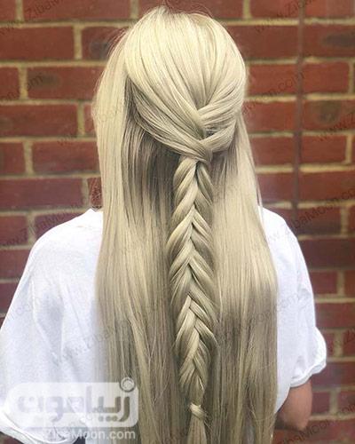 بافت موساده و شیک روی موهای ابریشمی و صاف