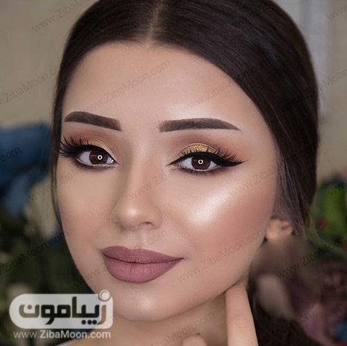 مدل آرایش صورت مات با سایه طلای اکلیلی