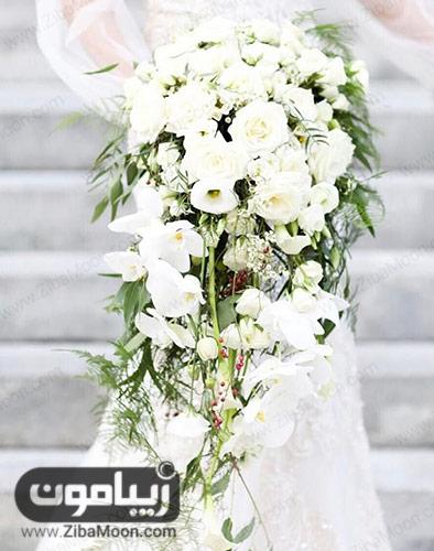 دسته گل سفید و افشان