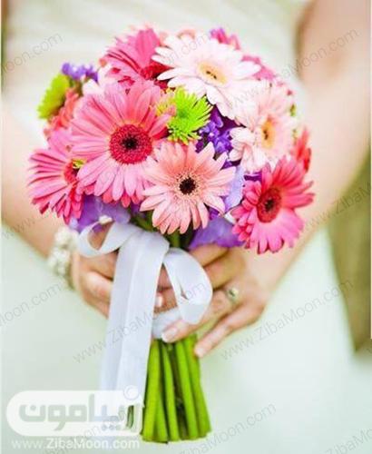 دسته گل صورتی و زیبا برای عروس