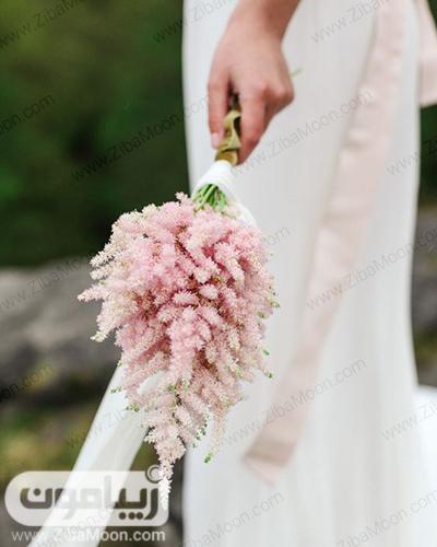 دسته گل صورتی و شیک عروس