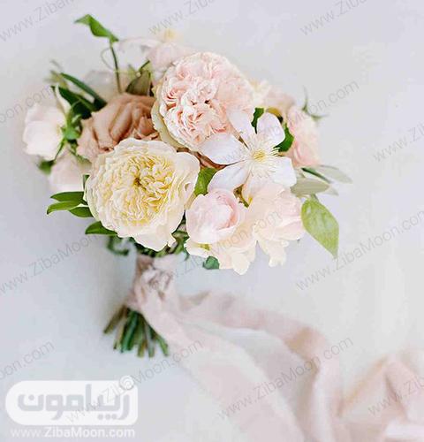 مدل دسته گل عروس با گلهای صورتی ملایم زیبا و خاص