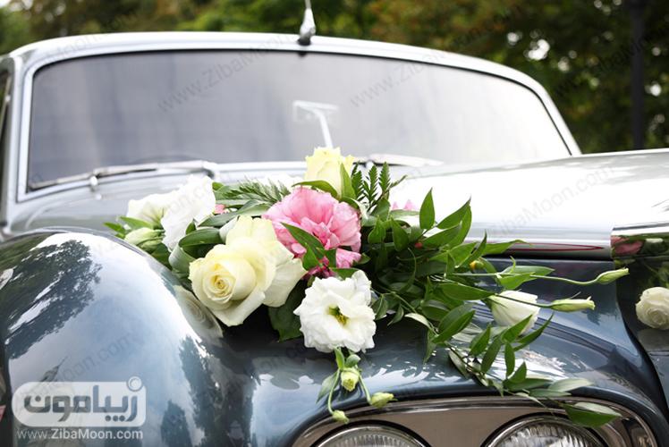 گل آرایی ساده ماشین عروس