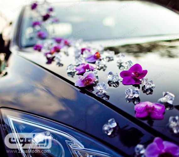 گل آرایی ماشین عروس با گل بنفش
