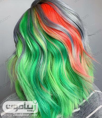 هایلایت مو با رنگ سبز و نارنجی نئونی