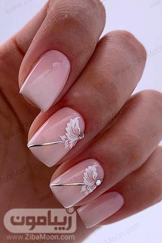 مدل ناخن عروس با لاک هلویی و طرح گل ساده و زیبا