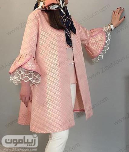 مدل مانتو دخترونه مزون دوز صورتی با طرح و مدل شکیل و خاص برای عید 99