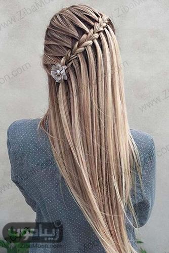 بافت مو آبشاری اریب روی موهای بلند و صاف
