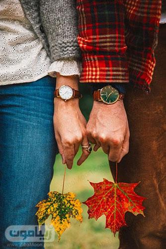 عکس پروفایل دو نفره با برگهای پاییزی