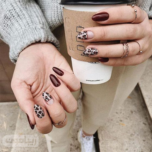 مدل ناخن جذاب با لاک قهوه ای و طرح پلنگی برای پاییز 99
