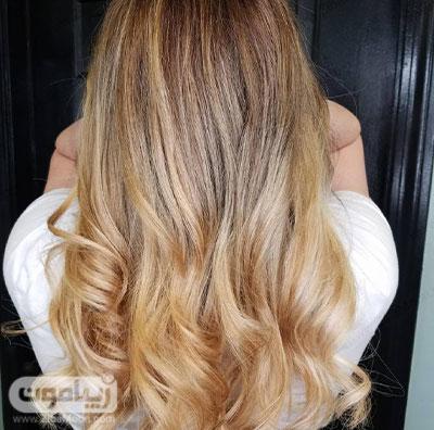 رنگ مو بلوند عسلی طبیعی و جذاب