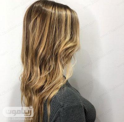 رنگ مو قهوه ای با هایلایت بلوند عسلی