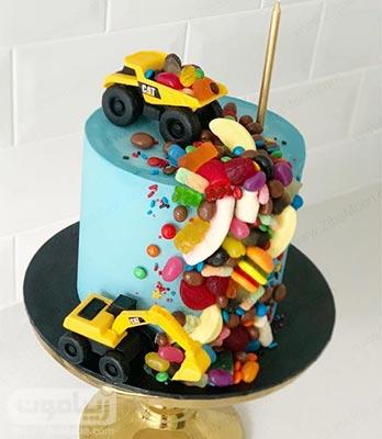 مدل کیک تولد پسرانه رنگارنگ با تم ماشین