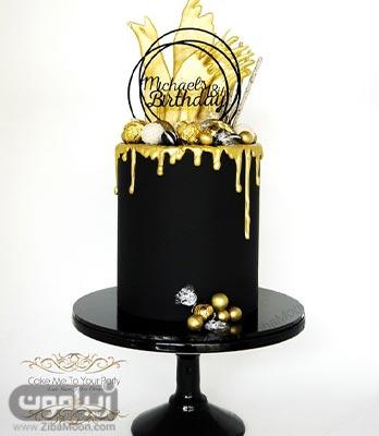 مدل کیک تولد پسرانه لاکچری و خاص به رنگ مشکی با تزییات طلایی