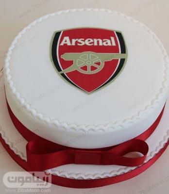 کیک تولد پسرانه فوتبالی ساده و شیک با نماد تیم آرسنال