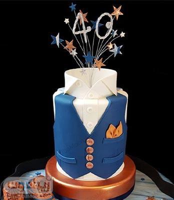 کیک تولد پسرانه فوندانت جذاب به شکل لباس و جلیقه مردانه