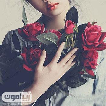 تصویر پروفایل دخترانه شیک با یک دسته گل رز قرمز