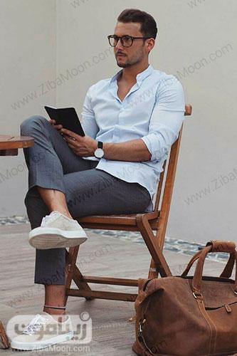 مدل لباس و استایل تابستانی مردانه شیک با لباس آبی روشن و شلوار خاکستری
