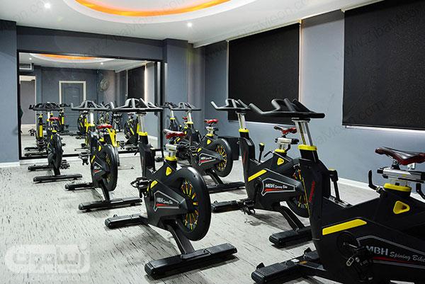 دوچرخه ثابت در باشگاه