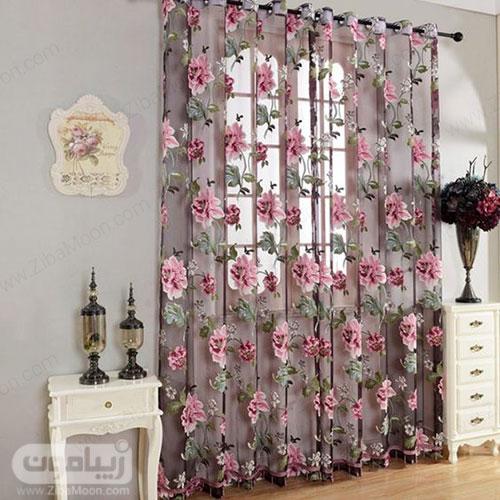 مدل پرده حریری با گلهای برجسته و بزرگ برای اتاق