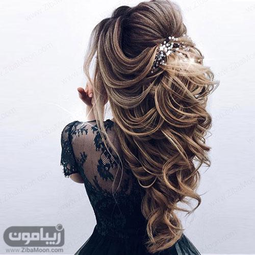 شینیون مو باز و شلوغ برای موهای بلند