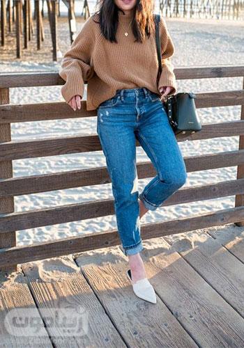 مدل لباس شیک دخترانه برای پاییز 2020 با بافت قهوه ای و شلوار جین
