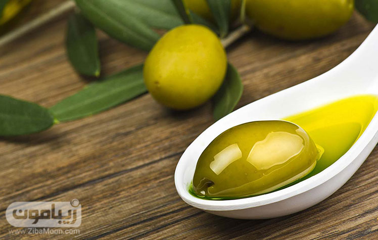 عسل و روغن زیتون برای تقویت مو های خشک و شکننده
